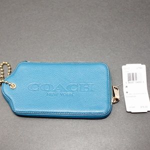 NWT Coach Wristlet Wallet in Teal Leather 52507